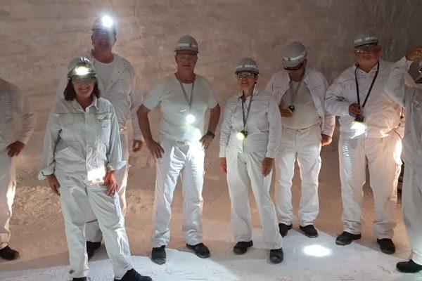 Bild: v. l. n. r.: Thomas Cirener, Gabi Wegner, Axel Hermsen, Helmut Eisermann, Ruth Freßmann, Manfred Winter, Jörg Banemann, Karlheinz Hasibether
